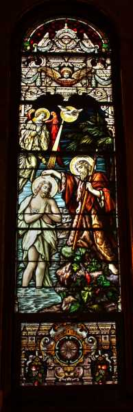 Church-Window-John-Baptizing-Jesus