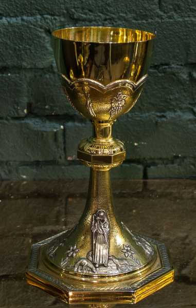 Antique-Chalice-92