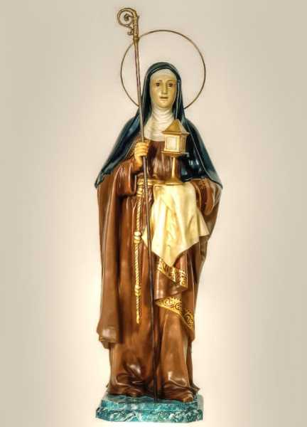 Saint-Clare-of-Assisi-Santa-Clara-Church-Statue