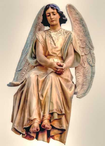 Sitting-At-The-Grave-Statue-Angel