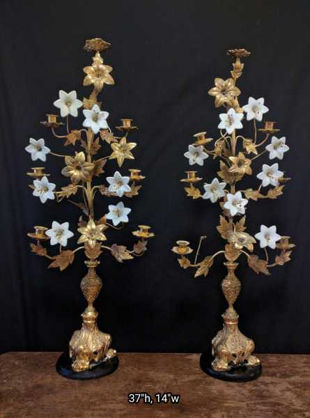 Rare-Flower-Candle-Stand