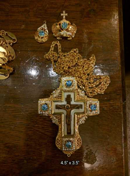 Pectoral-cross-4