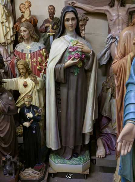 Saint-Therese-of-Lisieux-Little-Flower-Statue