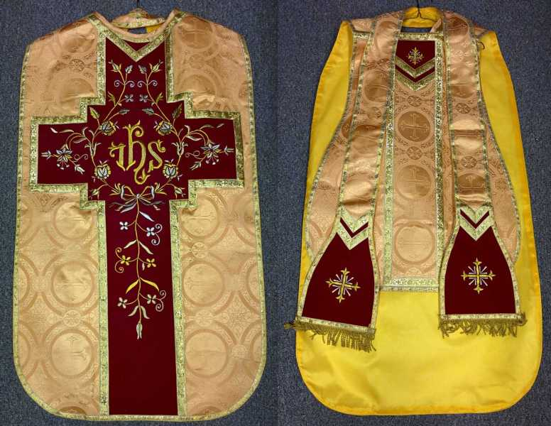 Fiddleback-vestment-gold